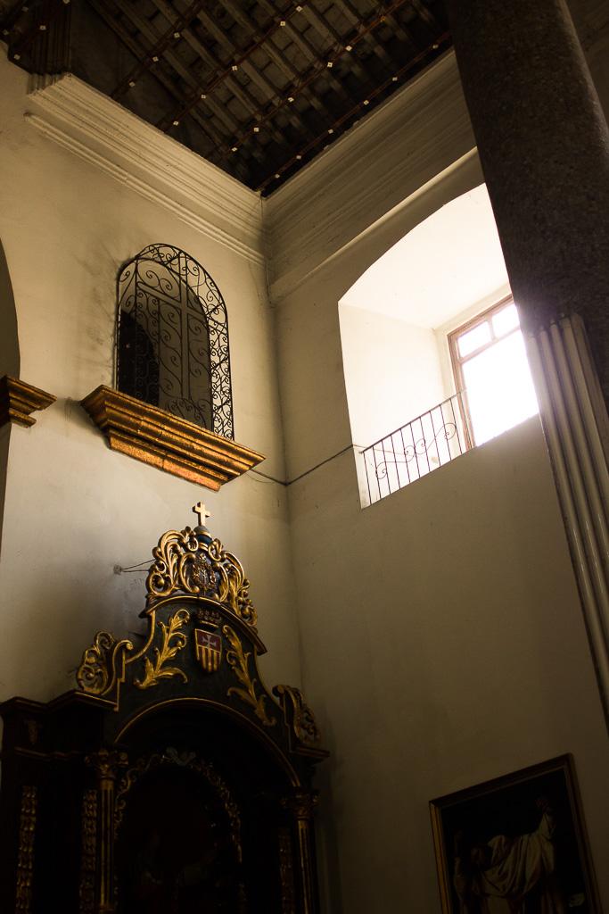Casco viejo church interior